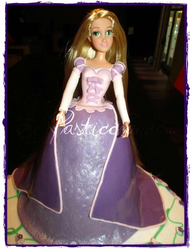 Rapunzel senza torre - Barbie senza colore ...