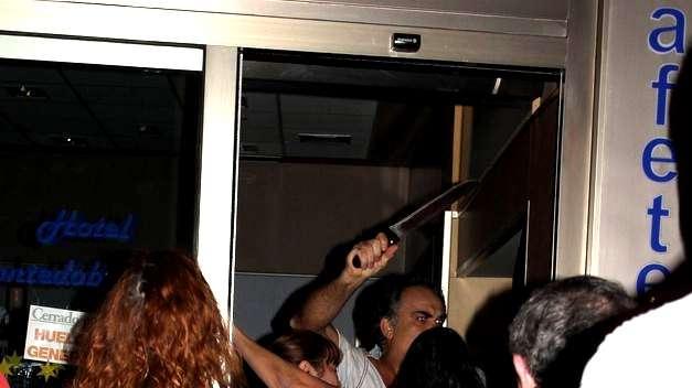 apualador - Una sindicalista apuñalada por un empresario en Torrelavega, que ya está en libertad